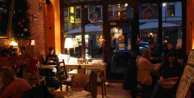 Café Wohnraum: Ruhige Oase im Herzen Nippes